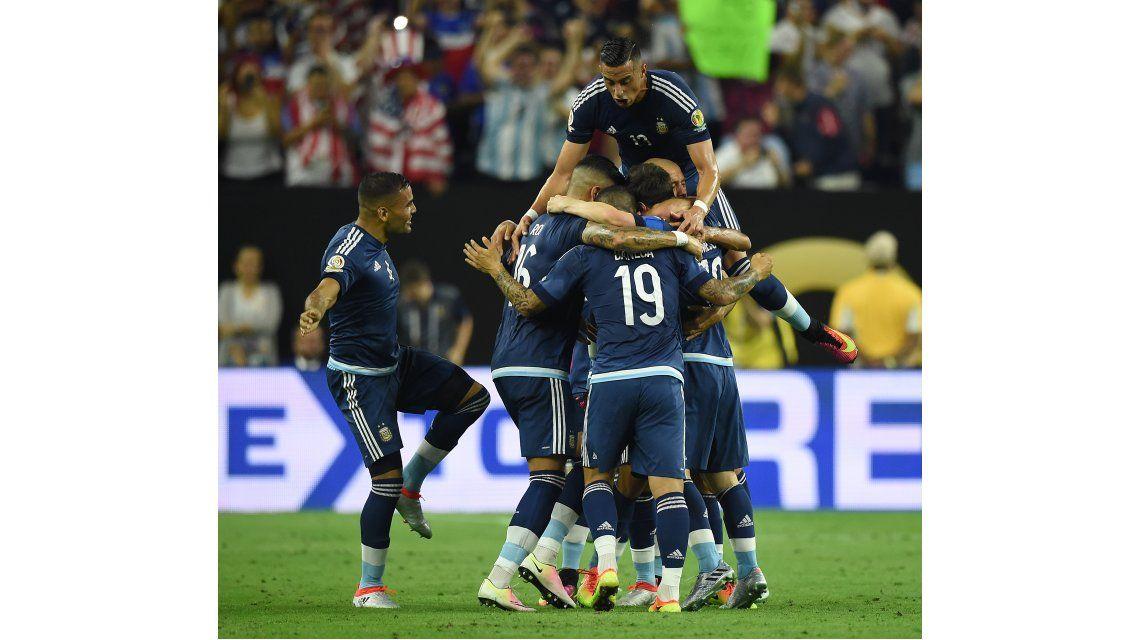 La AFA se cae a pedazos, pero la Selección argentina es la mejor del mundo