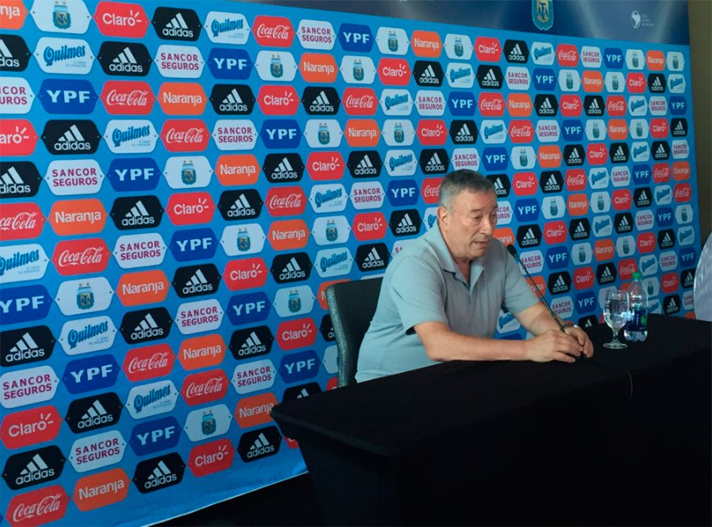Segura: La dirigencia del fútbol no estamos a la altura de la Selección