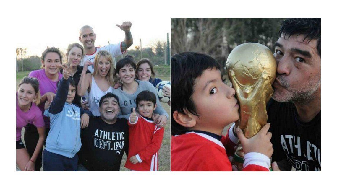 Maradona posó con Dalma, Gianinna, Benjamín y Rocío en homenaje a La mano de Dios