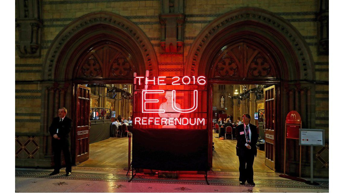 Conmoción mundial por el Brexit: el Reino Unido dejó  la Unión Europea