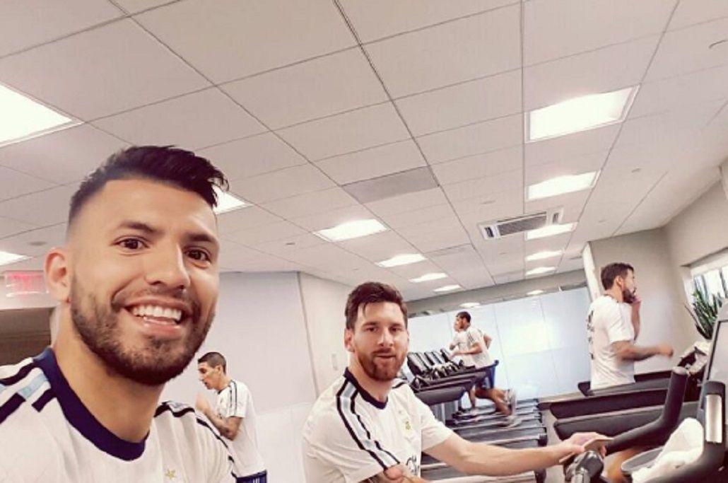 Así celebraron el Día del Padre Lionel Messi y el Kun Agüero