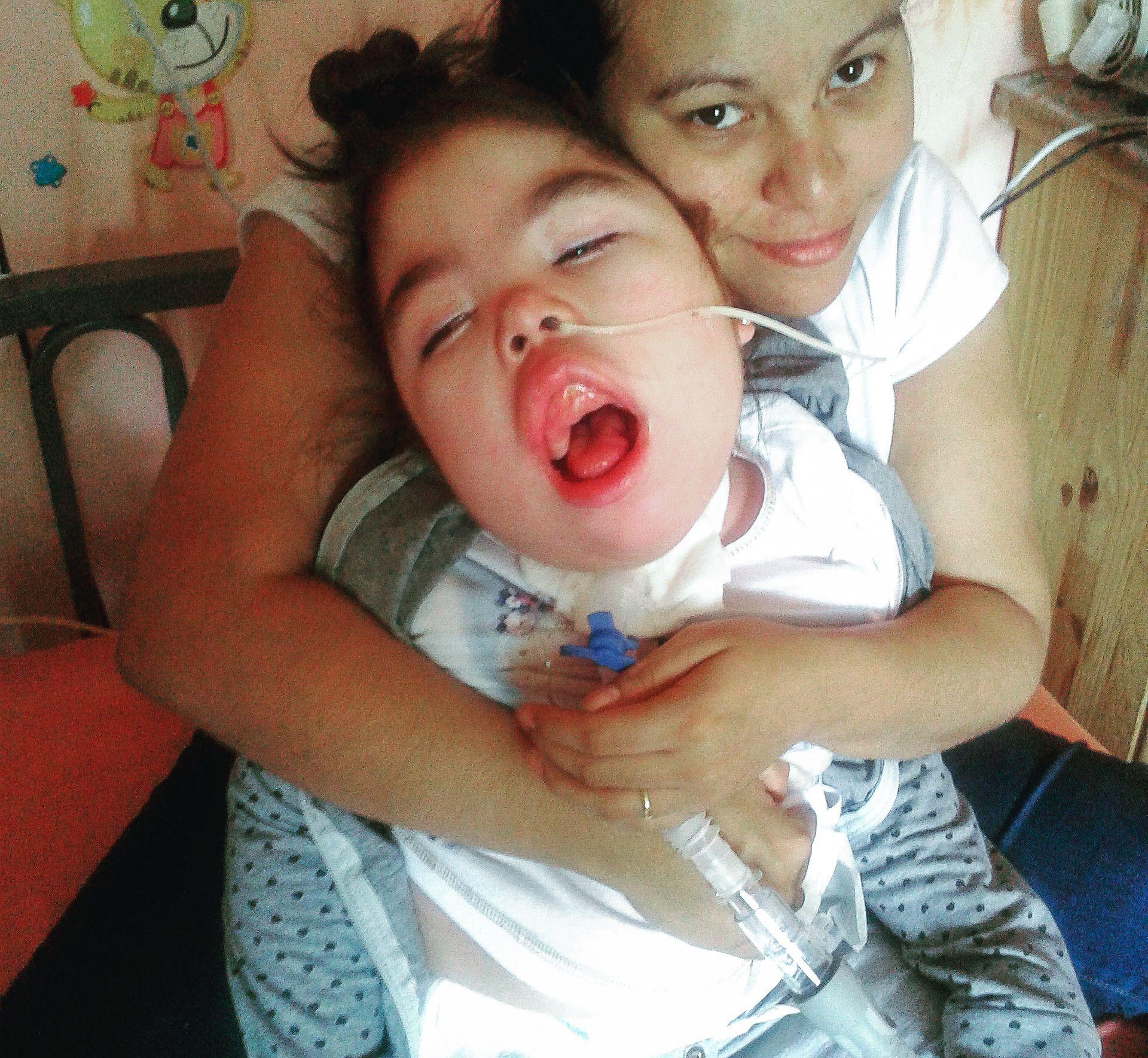 Una niña electrodependiente sufrió durante 30 horas un corte de luz