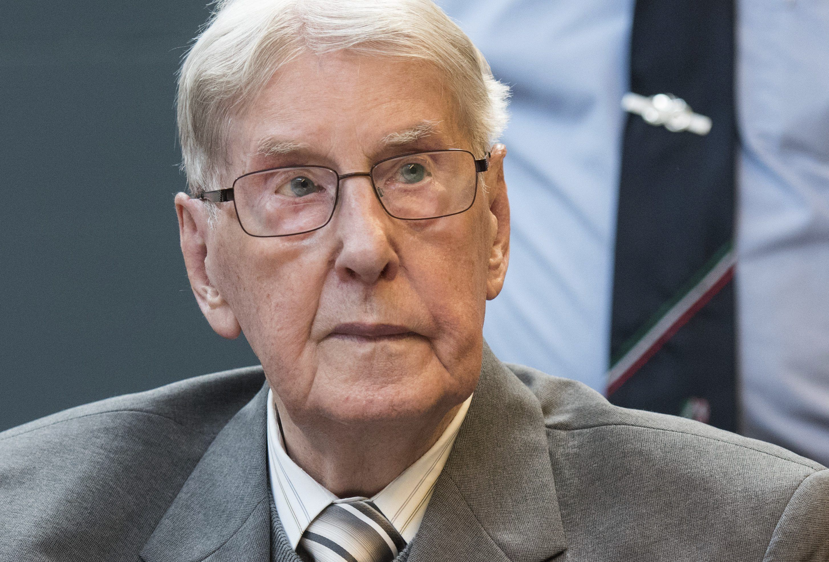 Condenan a cinco años de cárcel a un ex guardia de Auschwitz