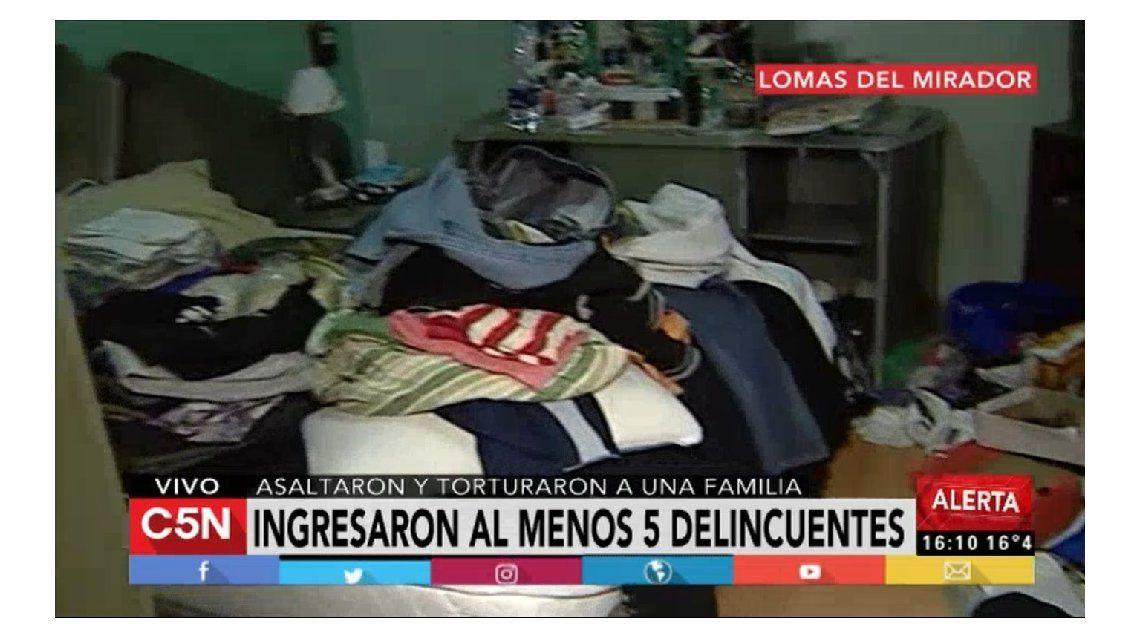 Asaltaron y torturaron con una plancha a una familia en Lomas del Mirador