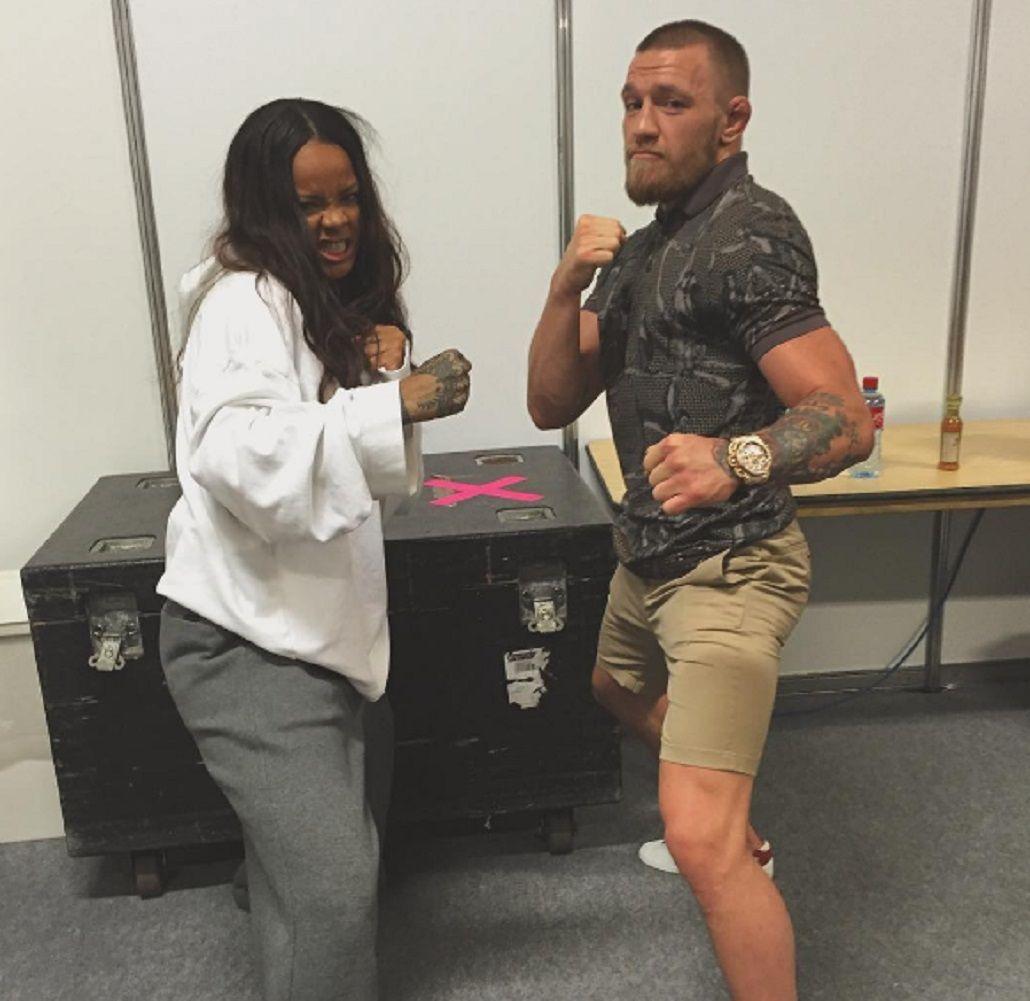 El lado más rudo de Rihanna: se deleitó ante una figura de la UFC