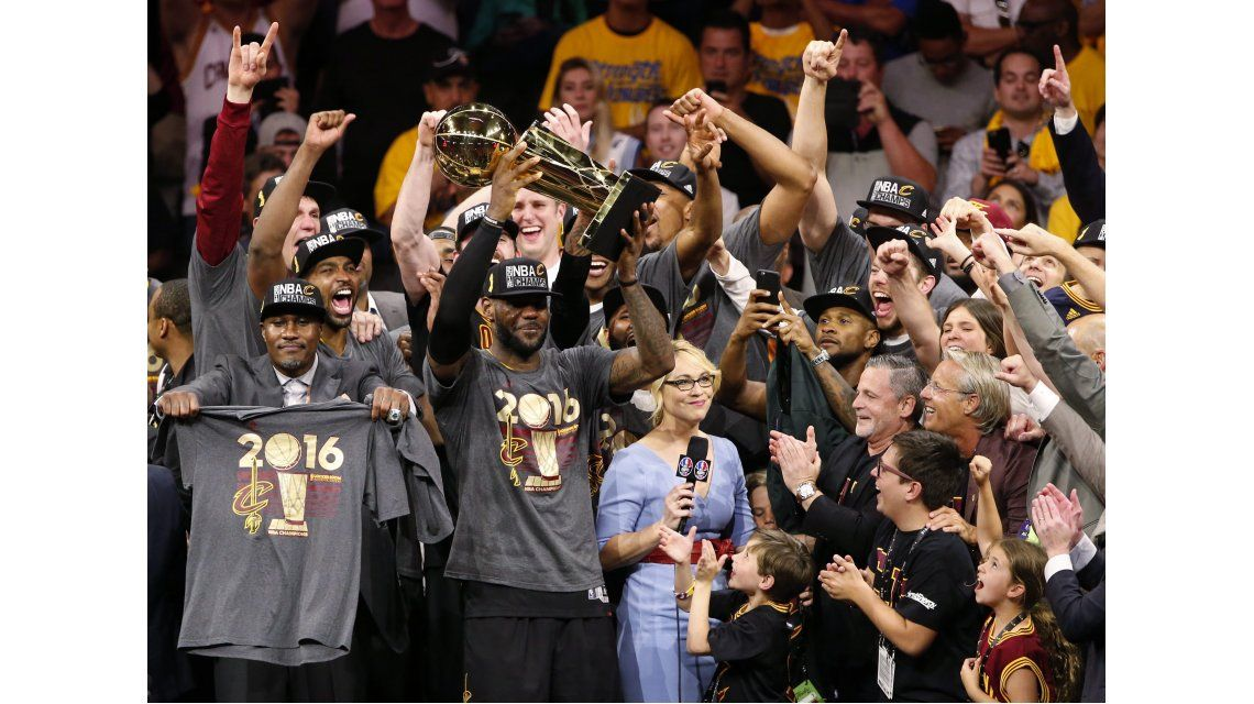 ¡Hazaña! Cleveland Cavaliers dan vuelta la serie y son campeones de la NBA