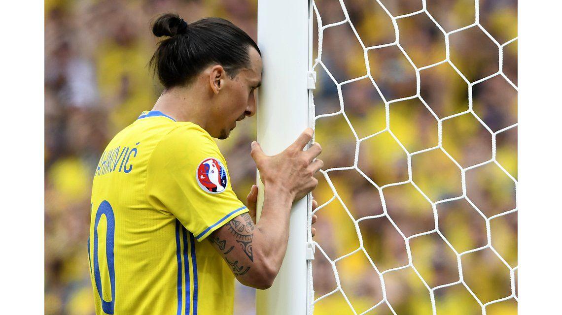 ¿Justo vos? Suecia cayó ante Italia por este insólito gol que erró Ibrahimovic
