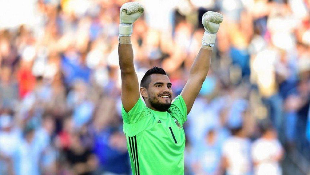 Romero, a un paso de quedarse sin la titularidad en la Selección