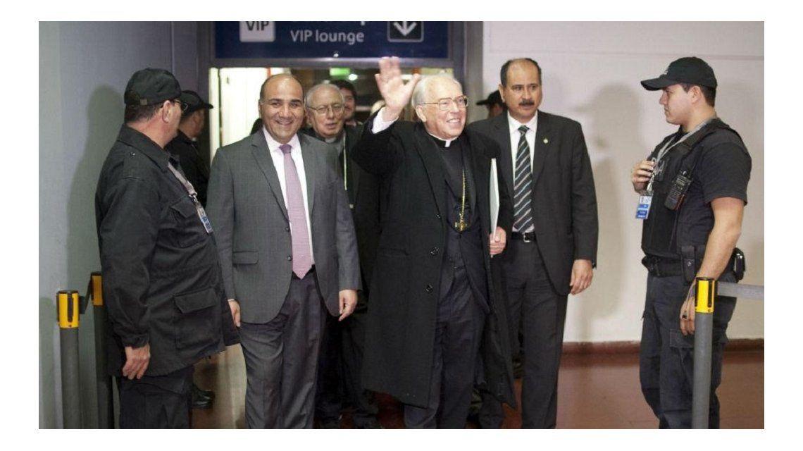 Polémica machista en la apertura del Congreso Eucarístico con el enviado del Papa