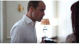 Actitud: el príncipe William posó para una revista de la comunidad LGBT