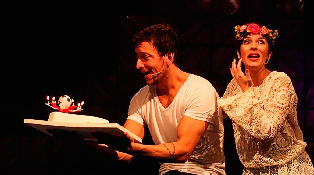 La emotiva sorpresa que le hicieron a Nico Vázquez por su cumpleaños en el escenario