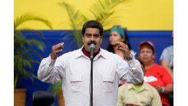 La oposición dice que logró validar firmas para revocatorio contra Maduro