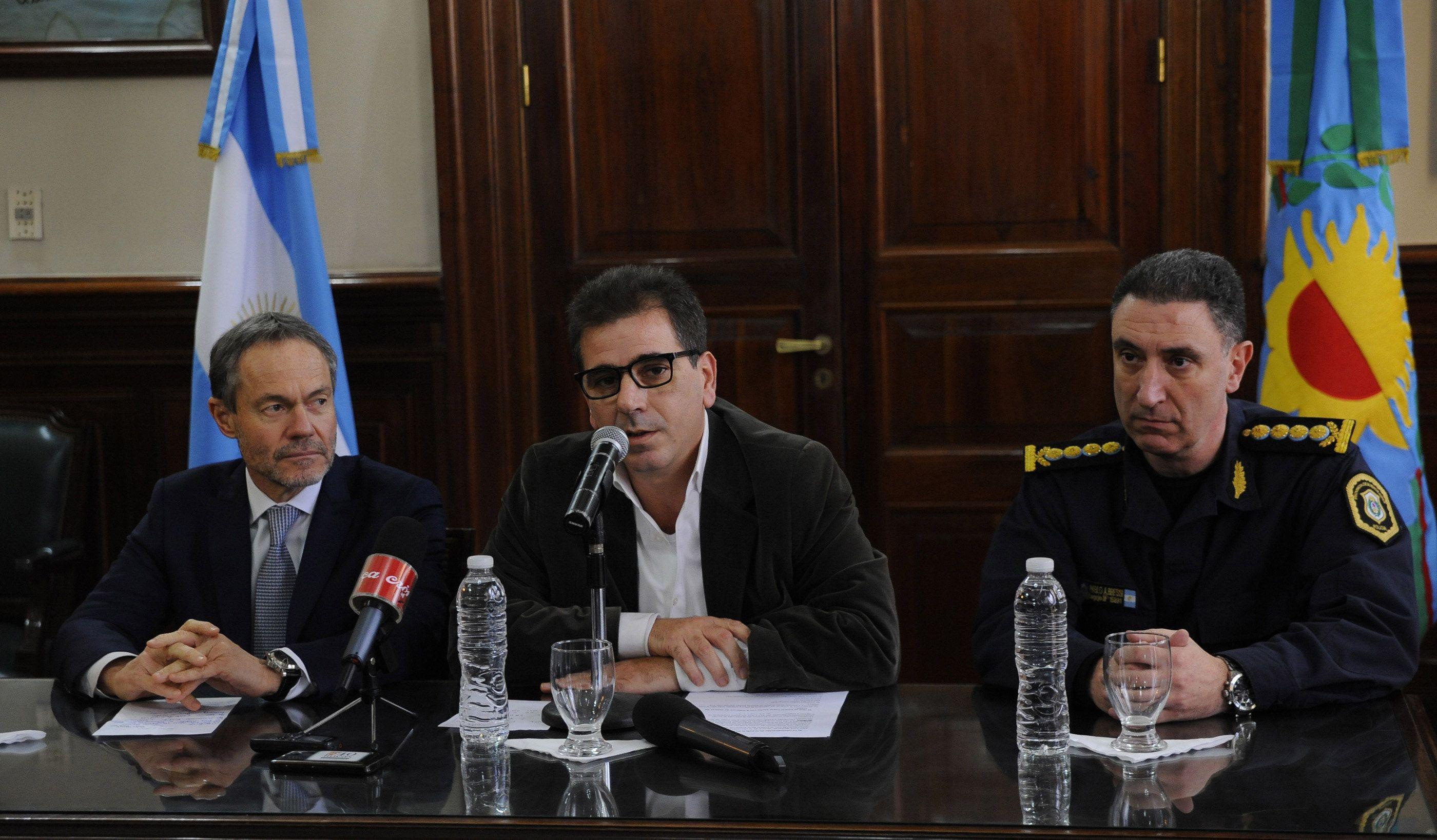 Ritondo reveló que hubo un intento de seducción de López a policías