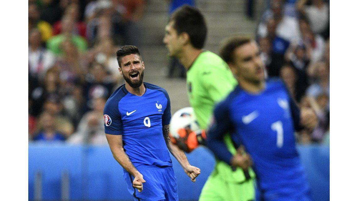 Error en la salida del arquero y a cobrar: mirá el primer gol de la Eurocopa