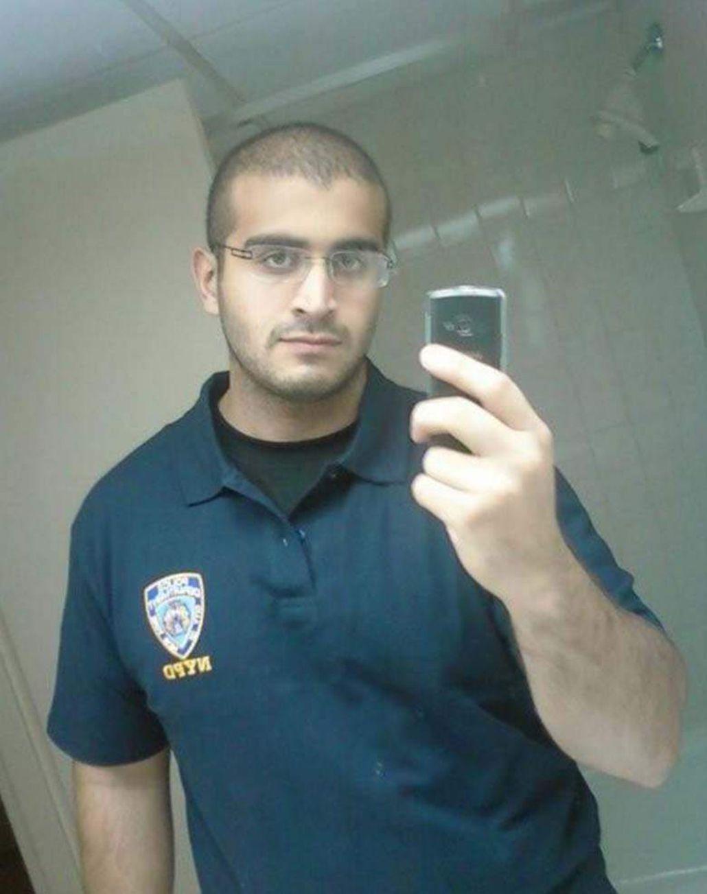 Antes de disparar en el boliche, el atacante llamó al 911 y declaró su lealtad a ISIS