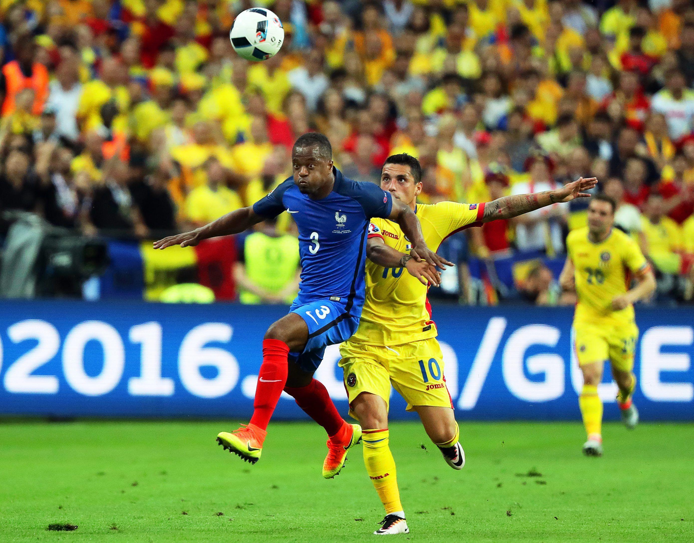 Con un golazo agónico, Francia venció a Rumania en el inicio de la Eurocopa
