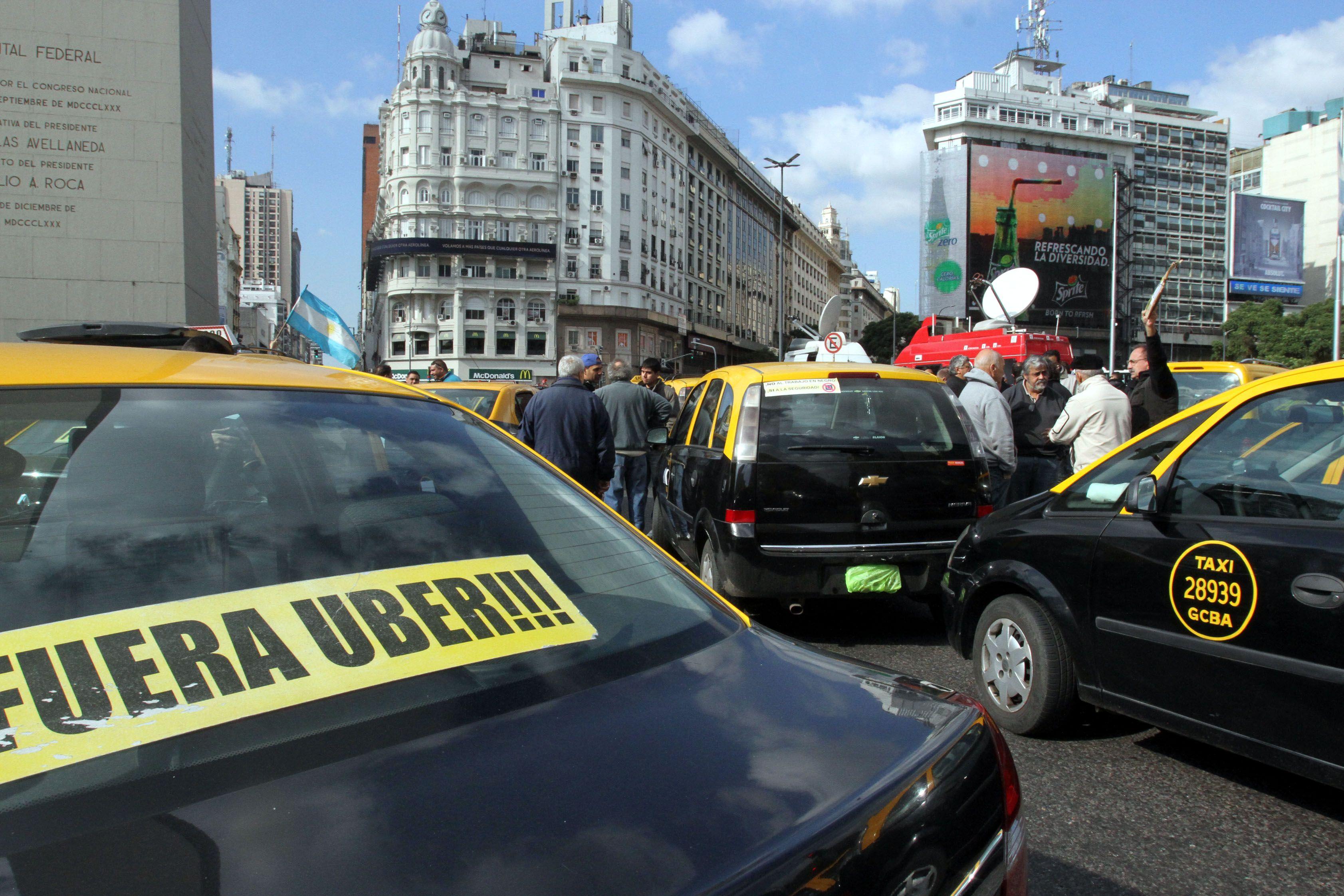 El fallo refiere a que el malestar de los taxistas