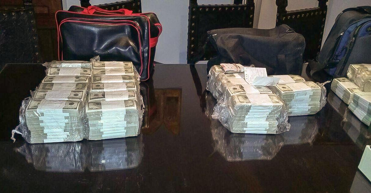 Los millones de dólares con los que José López fue atrapado.