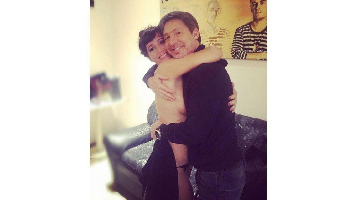 La romántica foto de Griselda Siciliani y Adrián Suar