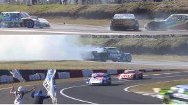 VIDEO: A menos de una vuelta, Mazzacane rompió el motor y ganó Savino