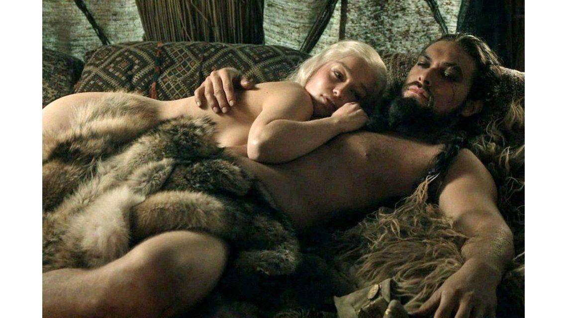 Un canal demandará a un sitio por hacer una versión porno de Game of Thrones