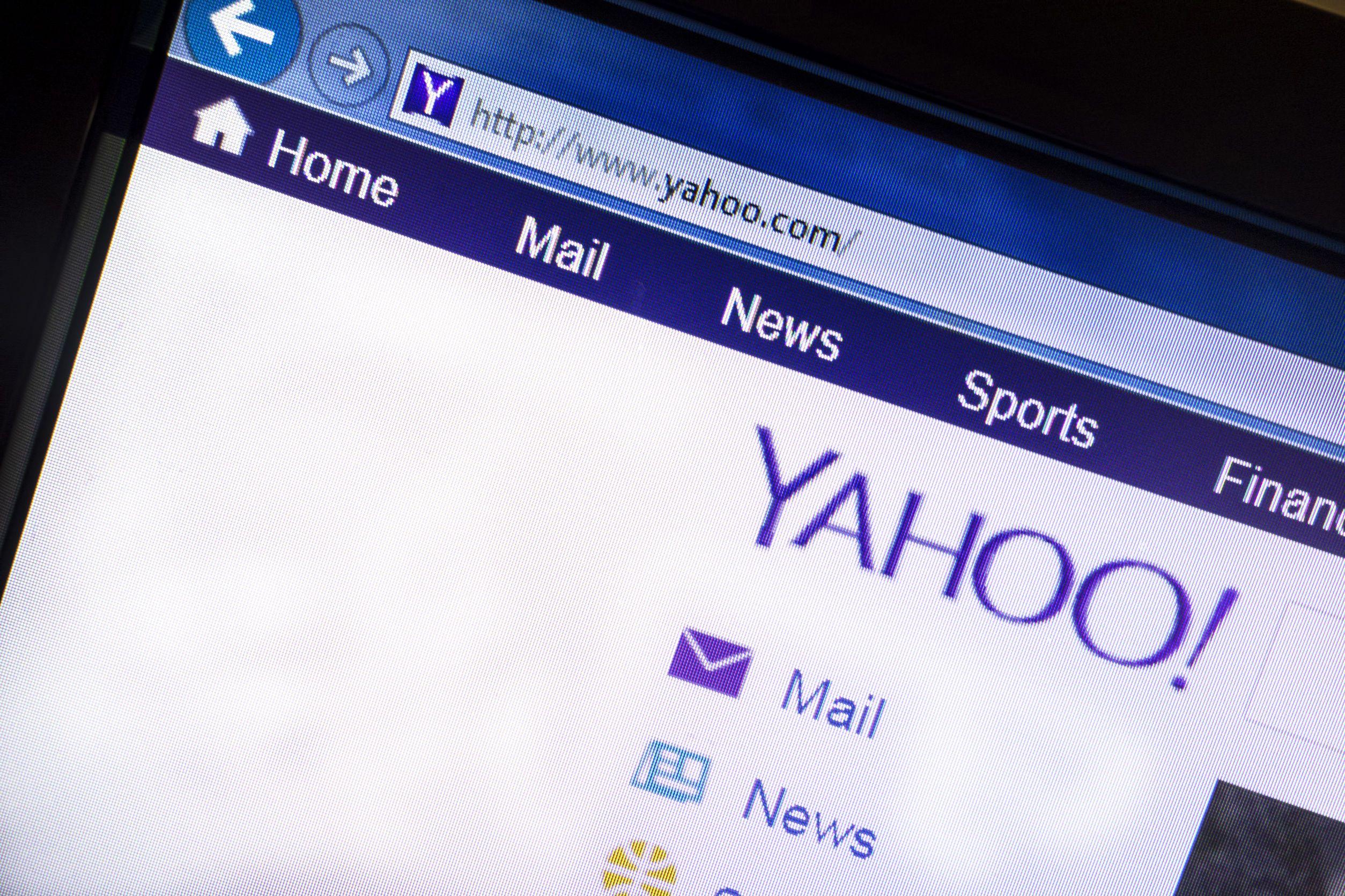 Yahoo sigue dando pérdidas