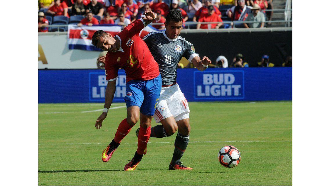 Con el intenso calor como protagonista, Paraguay y Costa Rica igualaron sin goles