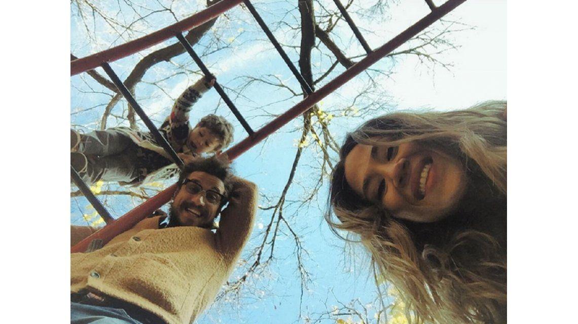 El romántico y familiar feriado de Jimena Barón con Daniel Osvaldo y su hijo