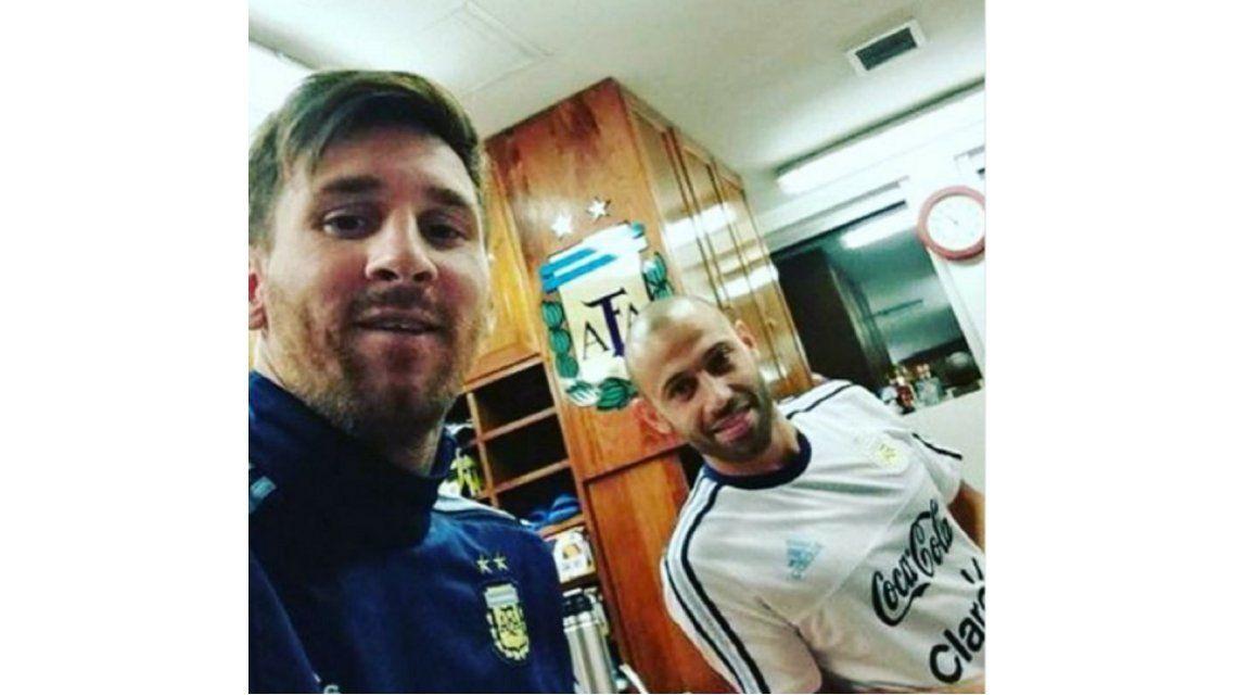 Ahora sí: Messi llegó al país y ya se sumó a la Selección en Ezeiza