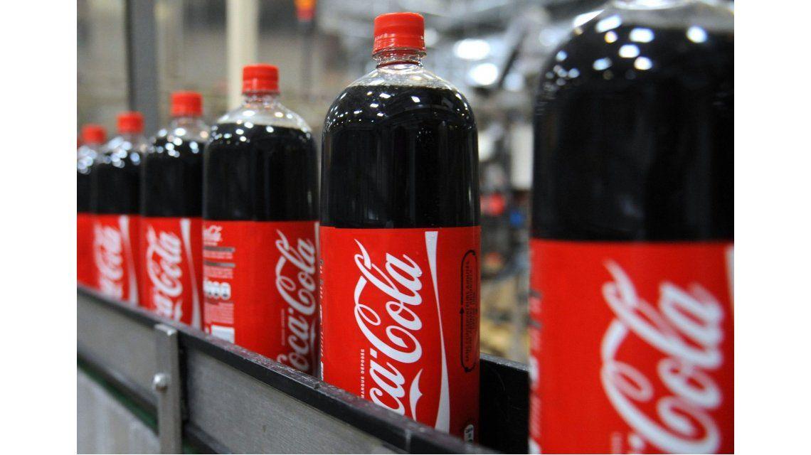 Sin azúcar, Coca-Cola dejó de producir en Venezuela