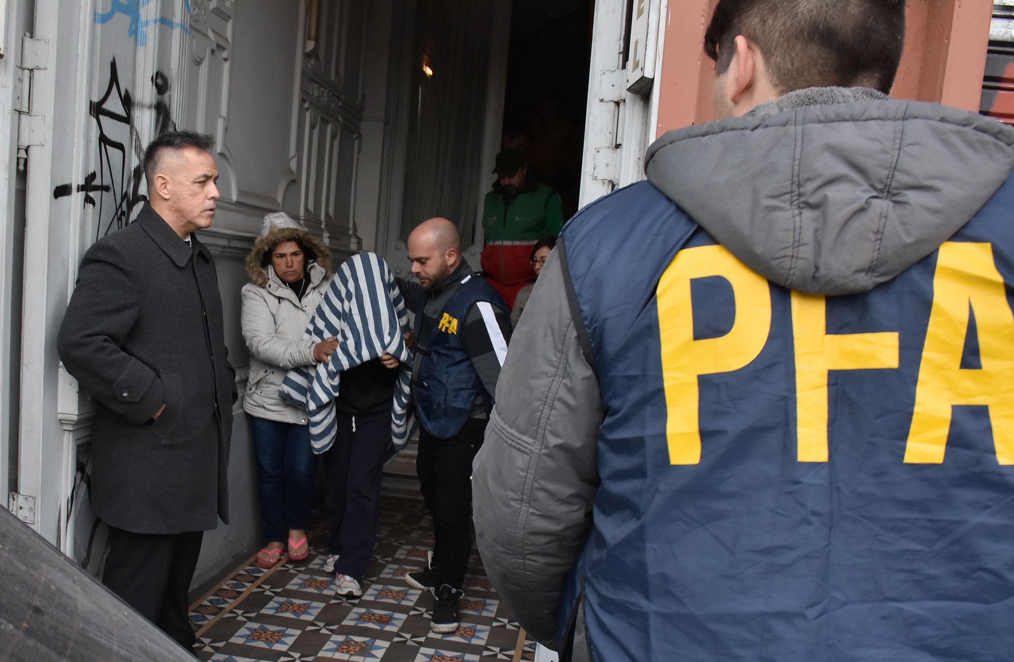 Una mujer y una travesti, detenidas por secuestrar a un nene de 10 años