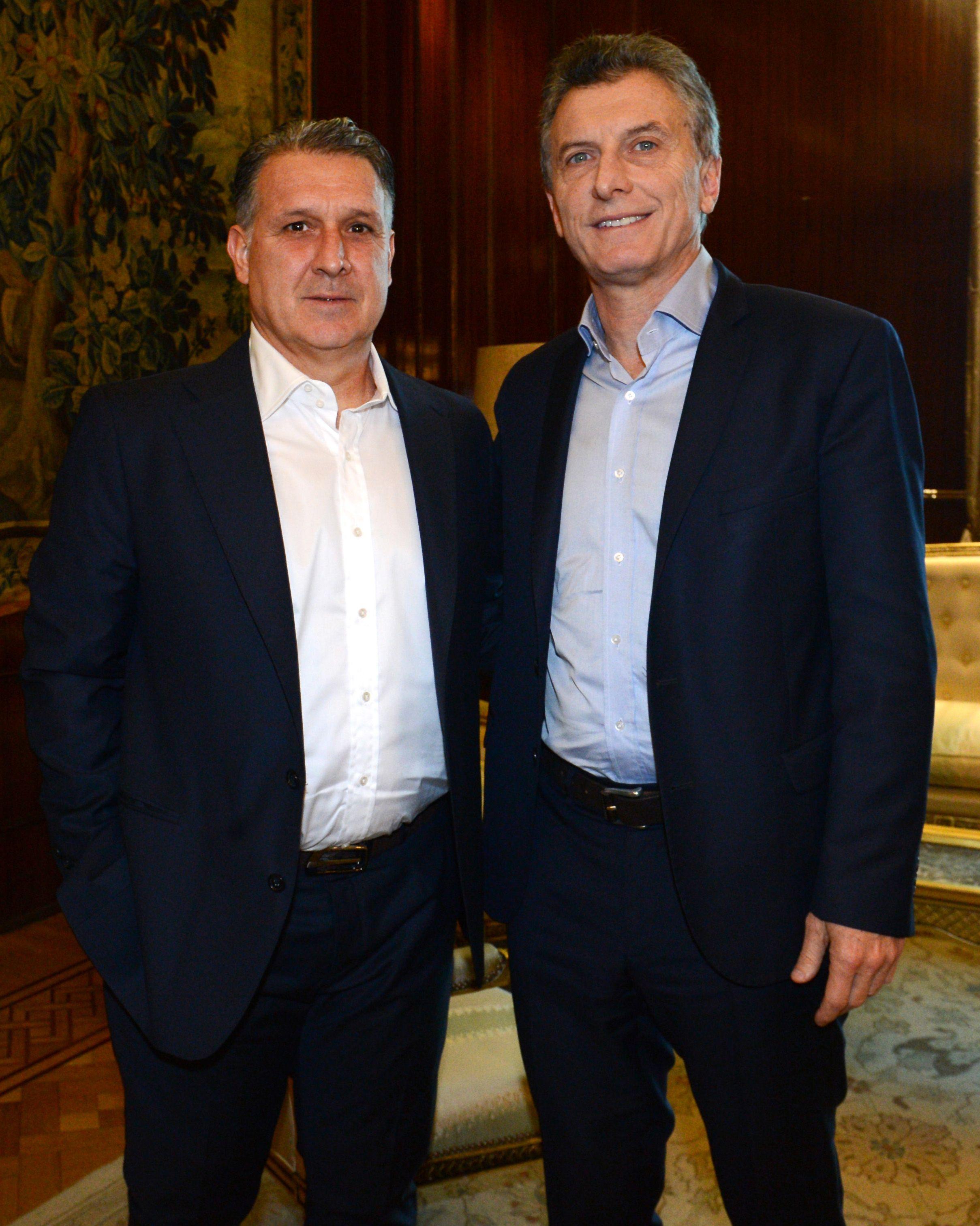 Macri recibió a Martino en Casa Rosada y le deseó suerte para la Copa América