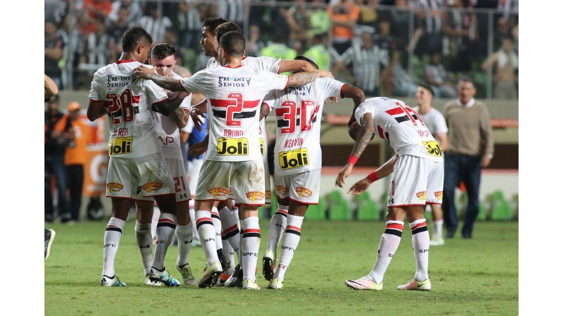 San Pablo recibe a Atllético Nacional por la ida de la semi de la Copa