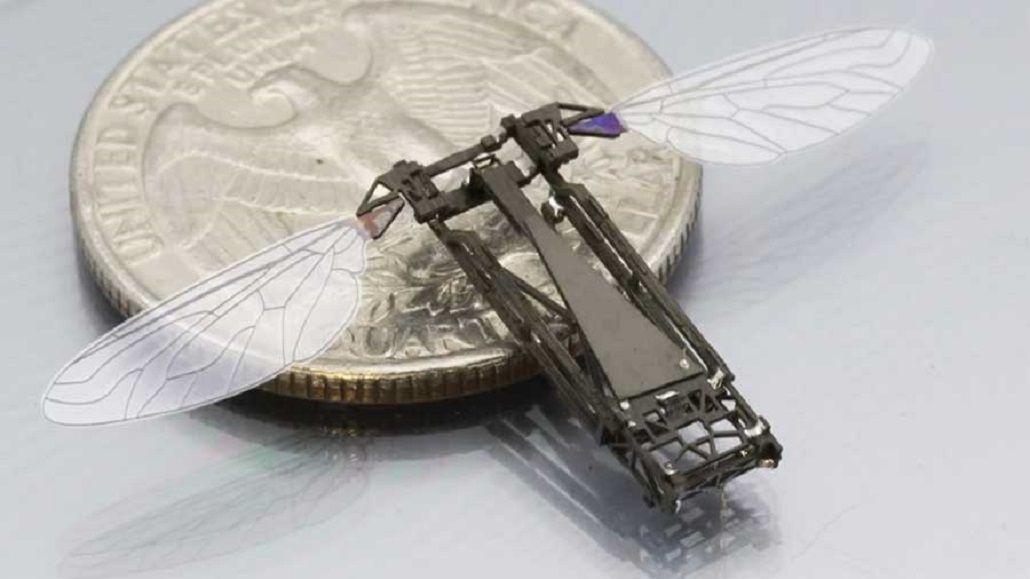 Un pequeño robot inspirado en las abejas para posarse en cualquier lugar