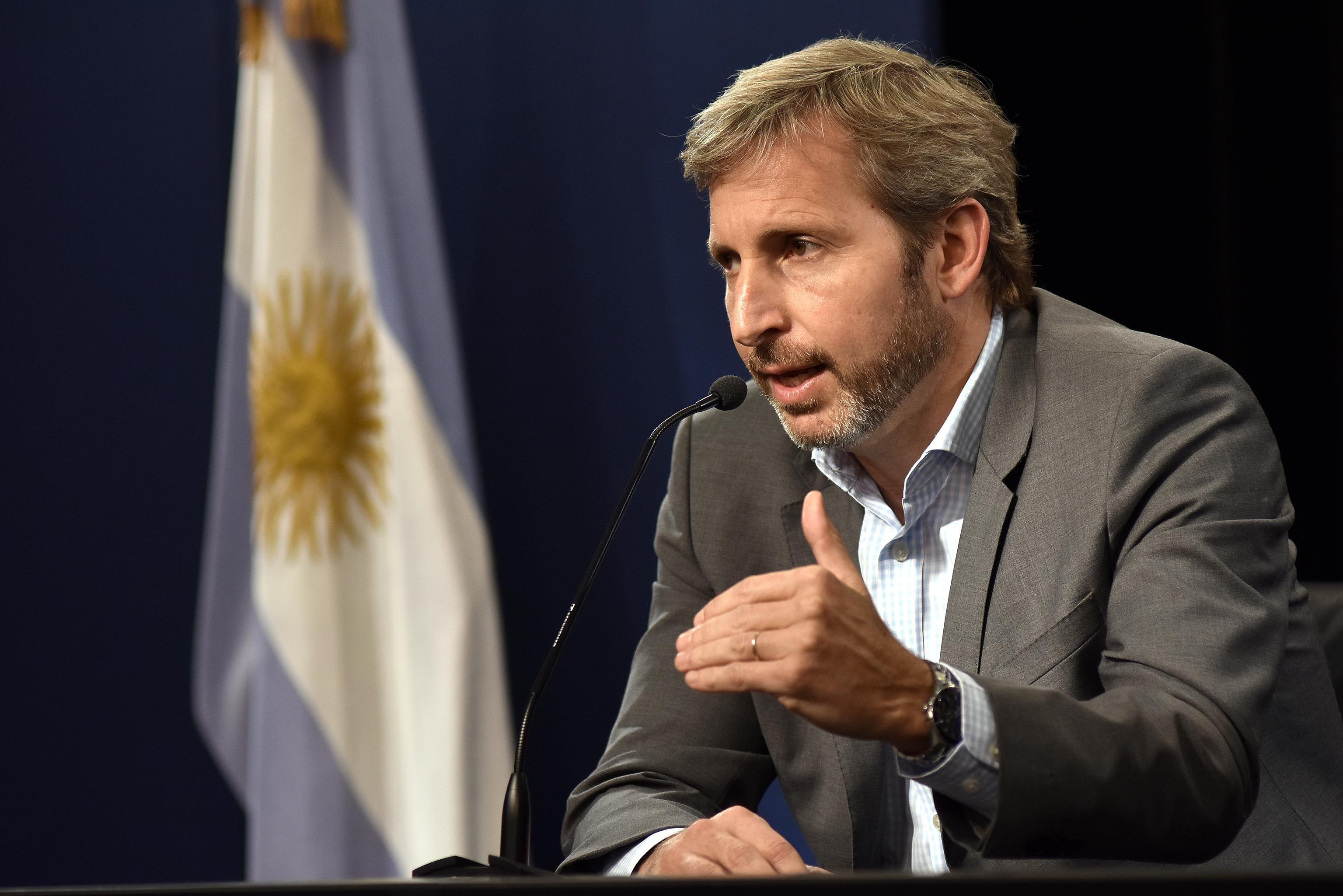 Frigerio: Hemos desactivado la bomba y estamos trabajando para poner al país de pie