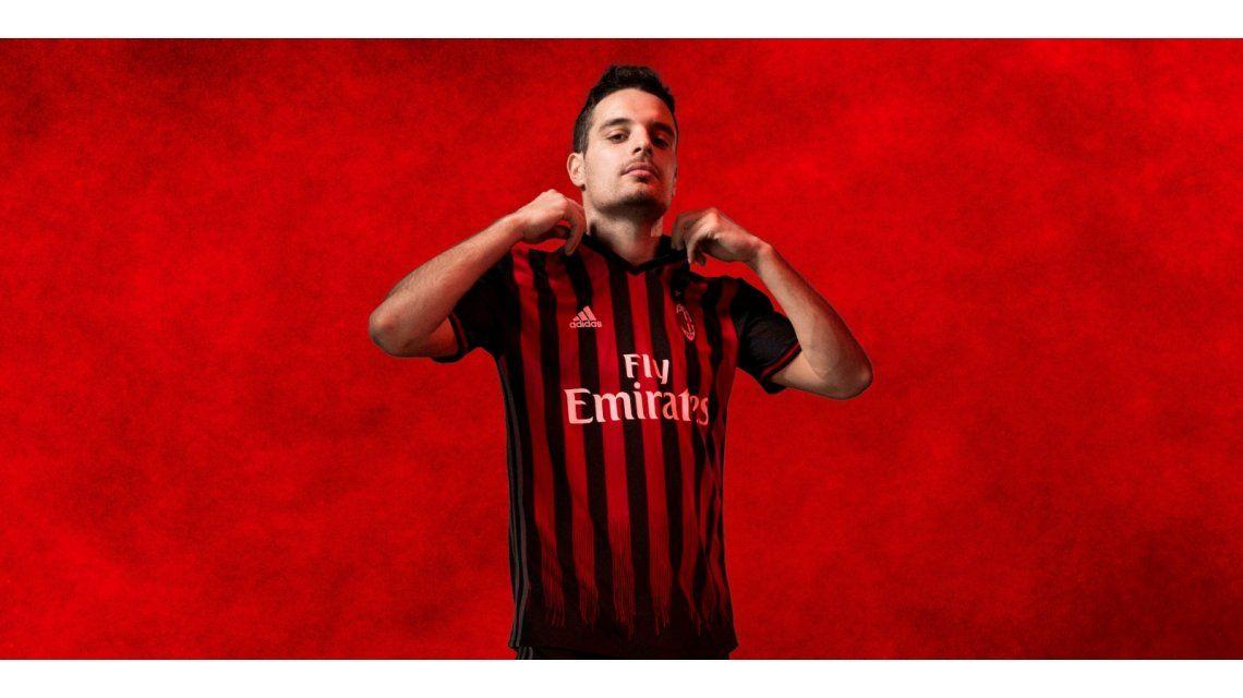 Los grandes de Italia se renuevan: conocé las nuevas camisetas de Juventus y Milan