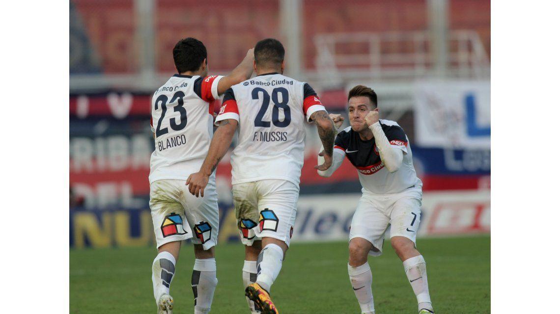 Las fotos de la clasificación de San Lorenzo a la final