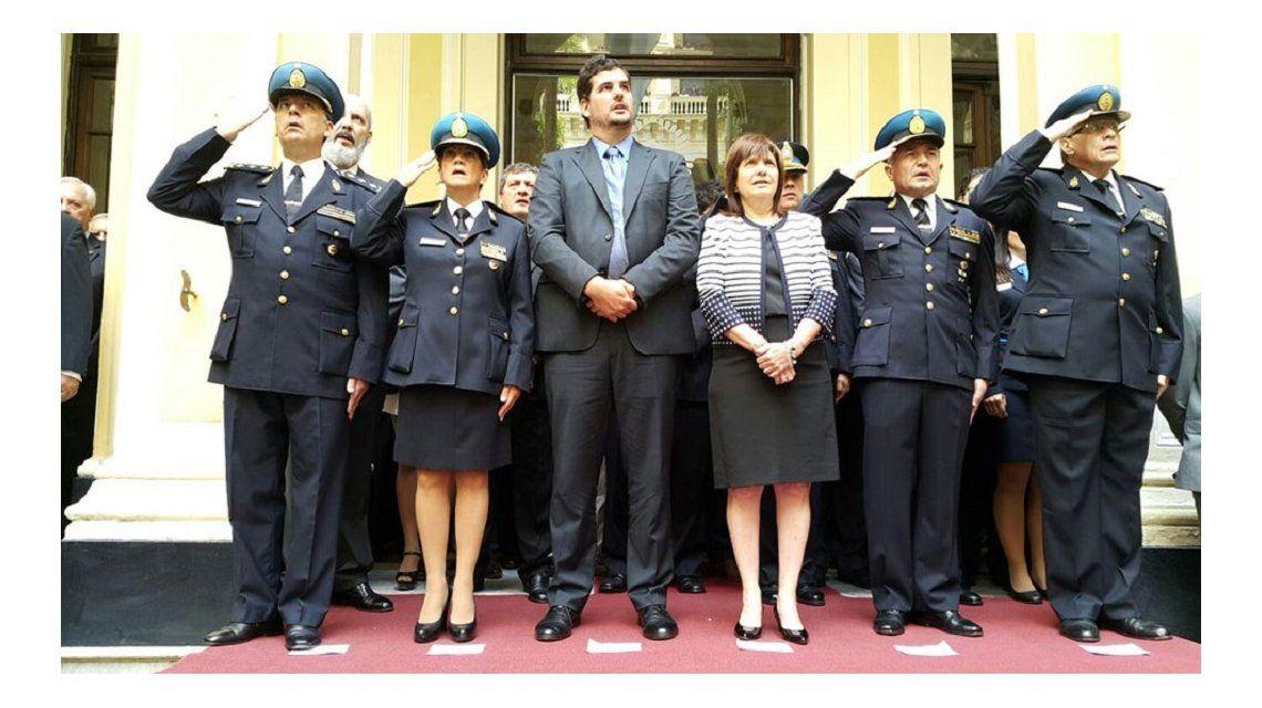 Integrantes de todas las fuerzas de seguridad deberán presentar DD.JJ.