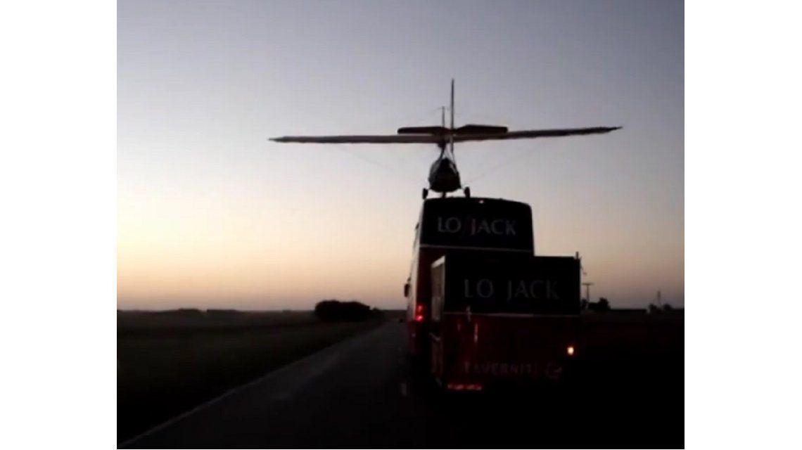 Marcos Di Palma aclaró que su temerario aterrizaje en plena ruta no es actual