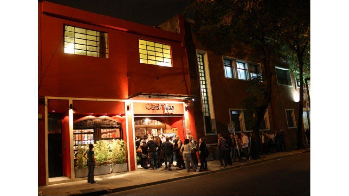 Organizan un apagón cultural por el tarifazo que afecta a teatros, clubes y peñas