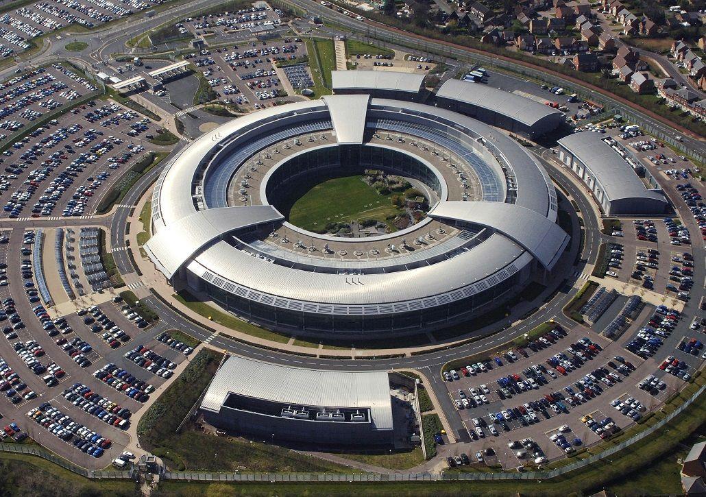 El espionaje británico llega a Twitter