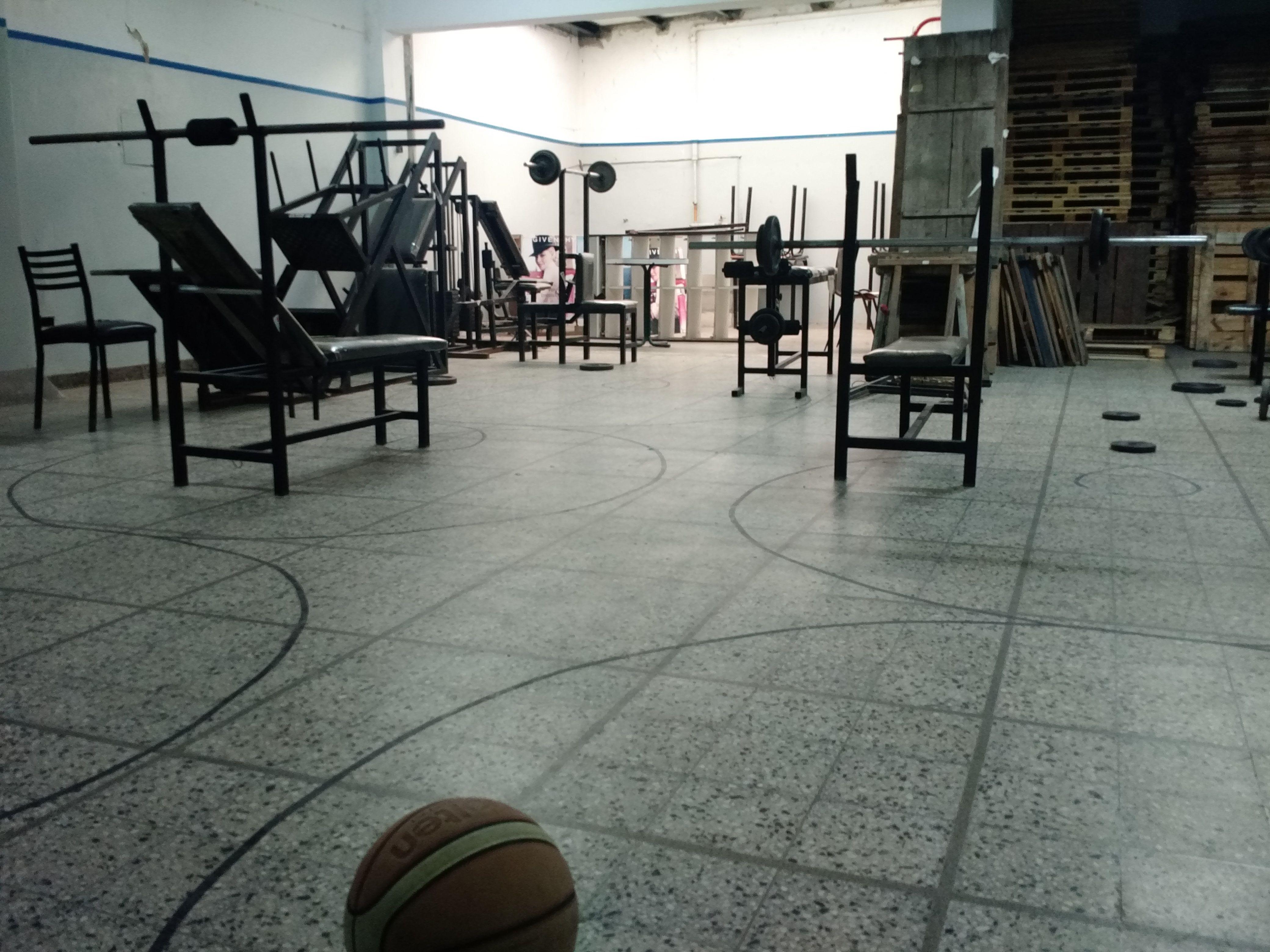 No es ficción: el club Luna de Avellaneda, al borde del cierre por los tarifazos