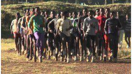 Los campeones olímpicos de un pueblo de África y su secreto: tomar cerveza
