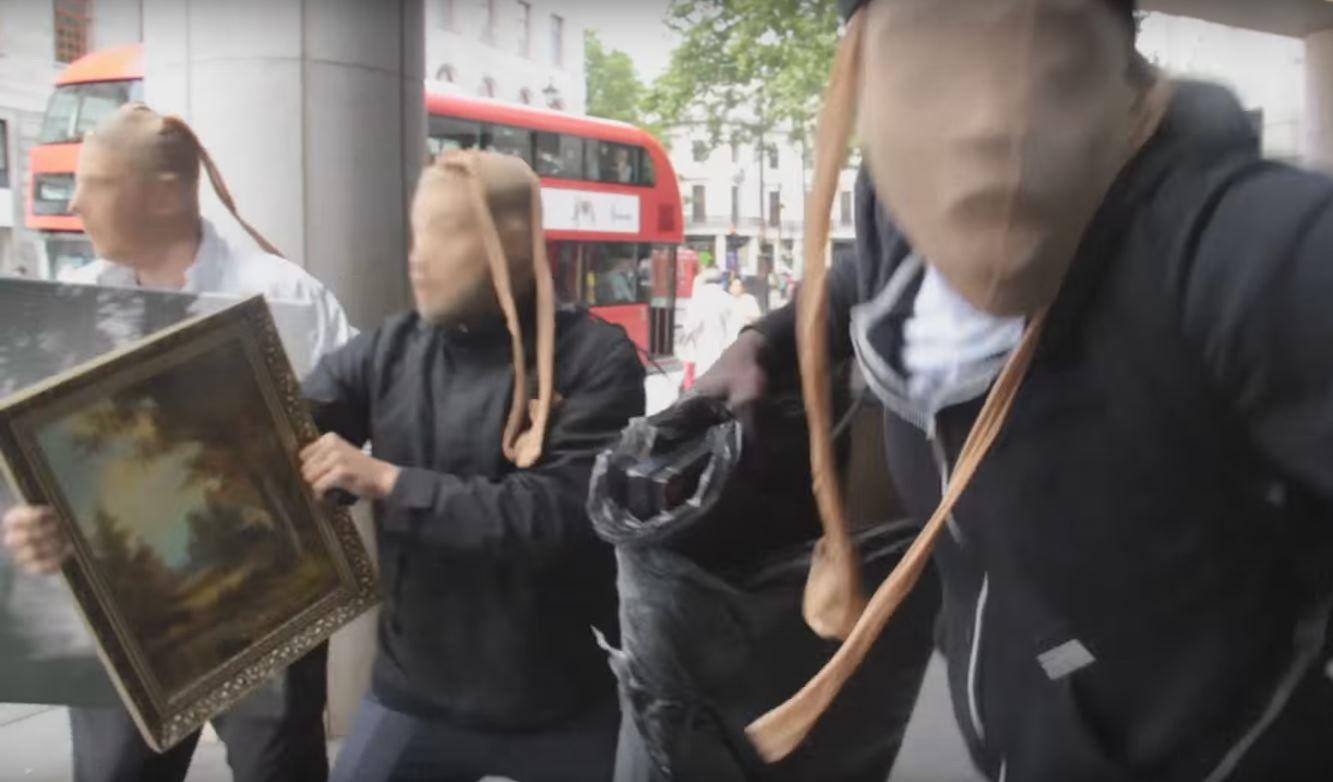 VIDEO: Quisieron hacer una broma, se hicieron pasar por delincuentes y terminaron presos