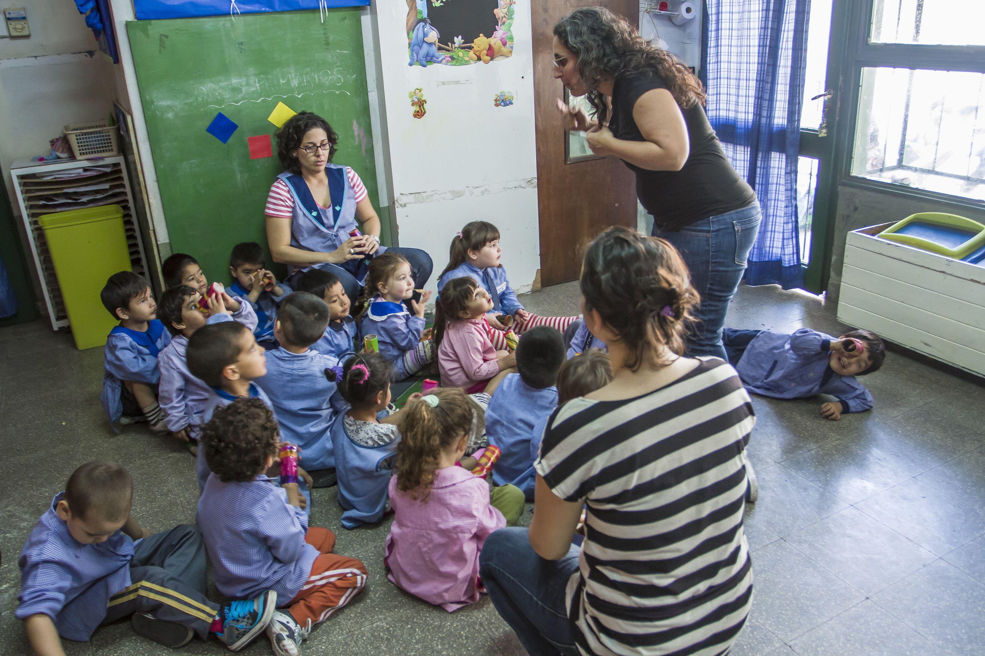 Adiós a las niñeras: se viene el jardín obligatorio desde los 3 años