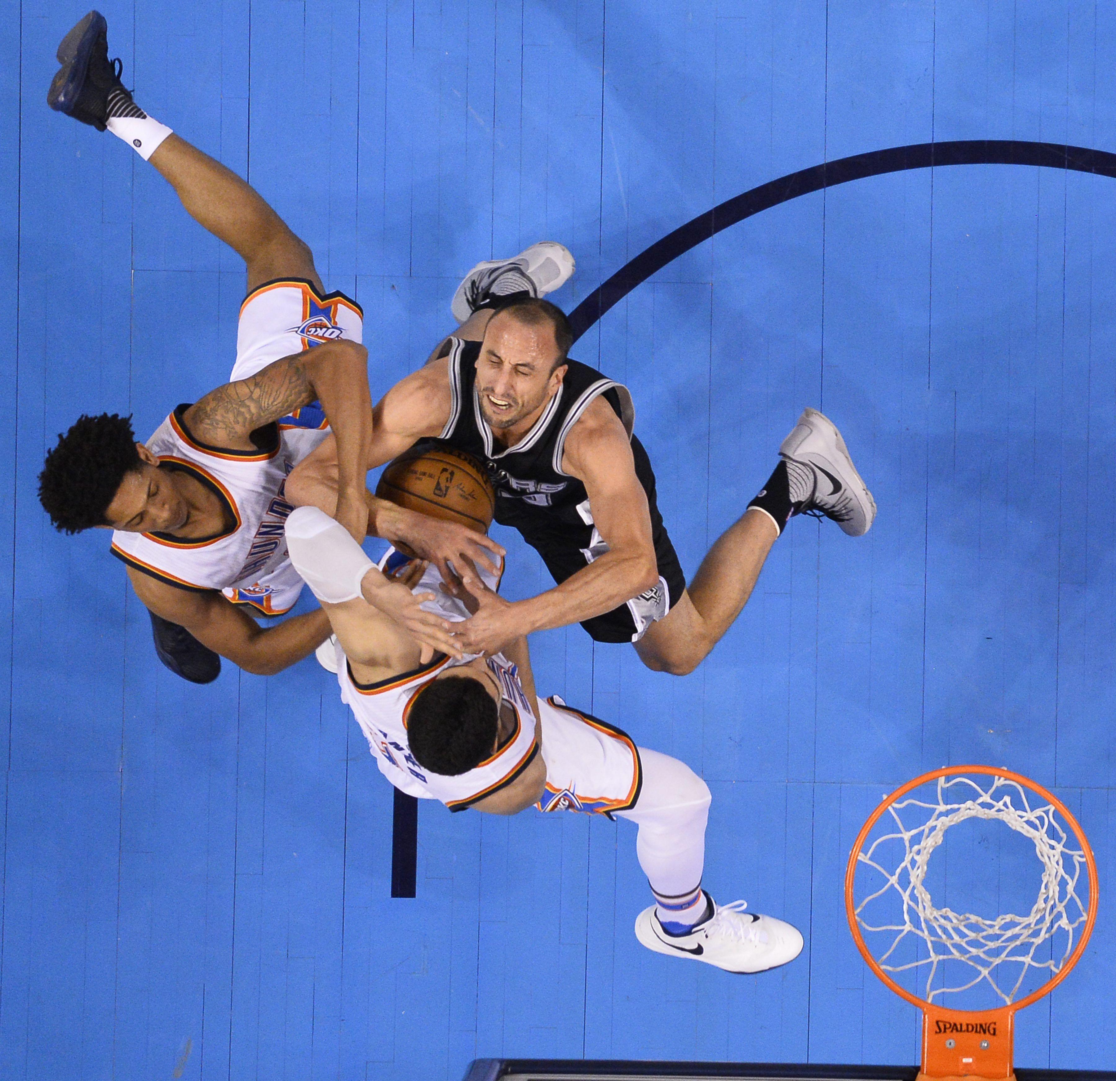 Los Spurs de Ginóbili perdieron y la semifinal del Oeste está empatada