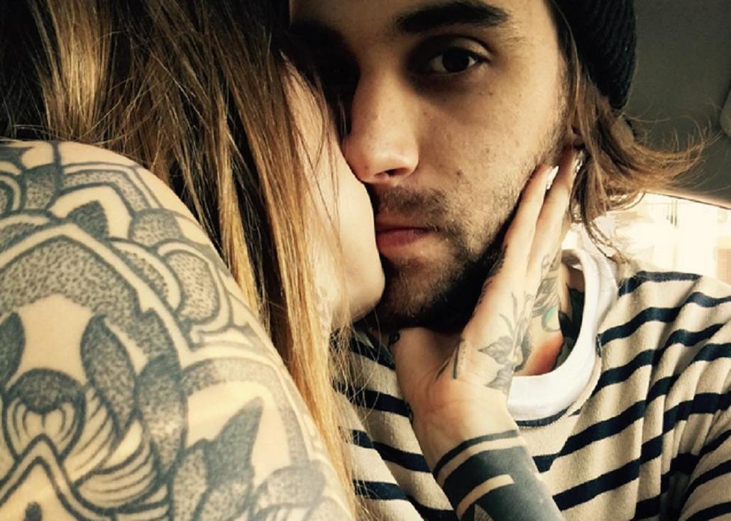 La foto de Candelaria Tinelli besando a su novio y mensajes de amor