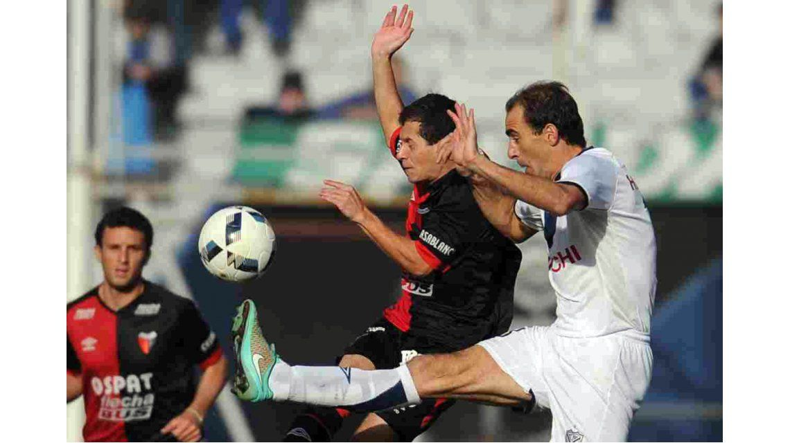 Vélez se aprovechó del golpeado Colón y lo venció en el José Amalfitani