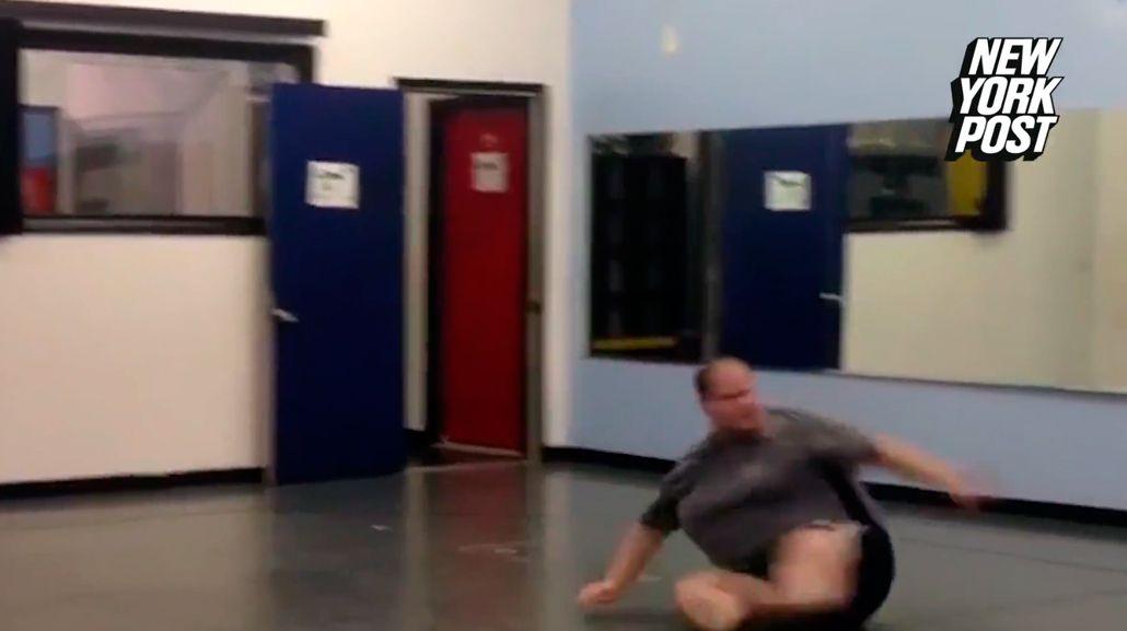 Un bailarín con sobrepeso mostró que está cargado de talento