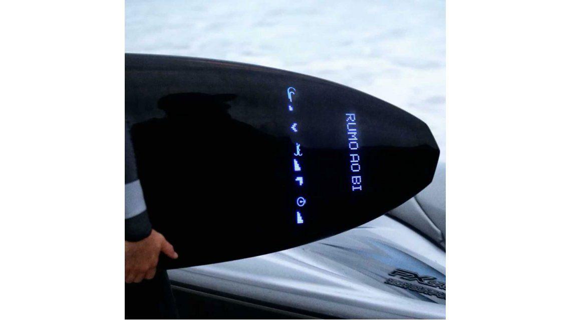 Una marca se imagina una tabla de surf que puede recibir tuits y datos climáticos